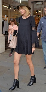 © Celebrity Fashionista