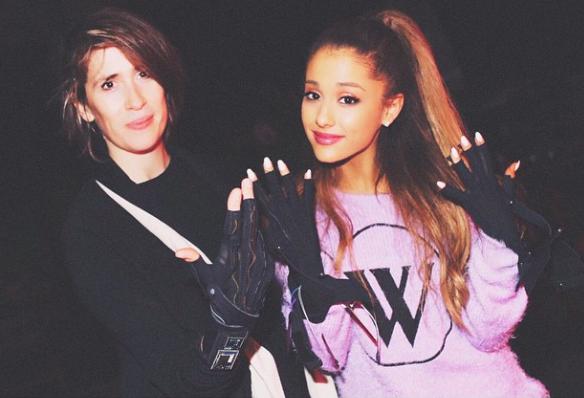 Ariana Grande en pull Wildfox