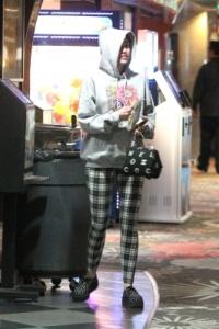 Miley Cyrus en pantalon Topshop