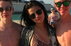 Selena Gomez et Acacia