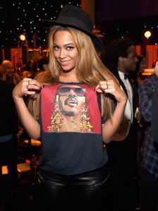 beyonce-veste-acne-grammy-awards-2015-1